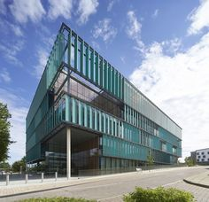 New Science Building  / Sheppard Robson