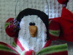 Nippy Penguin ornament pattern