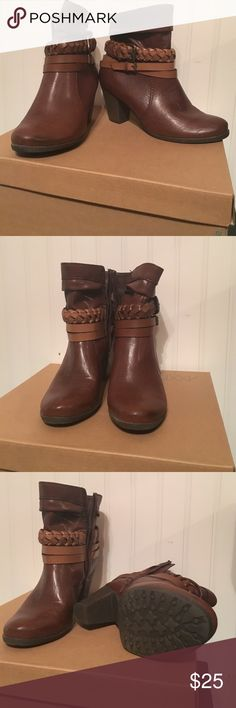 Axxiom Brown Boots Side zipper Axxiom Shoes Ankle Boots & Booties
