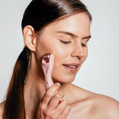 Find out how easy it is to achieve glowing skin with BeautyBio. Shop our line of science-based skincare products and GloPRO® microneedling rollers here! Castor Oil For Hair Growth, Hair Growth Oil, Younger Looking Skin, Lip Plumper, Blush, Lips, Skin Care, Rollers, Glowing Skin