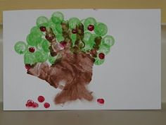 Children's Learning Activities: Handprint Apple Tree - great for before/after apple picking!