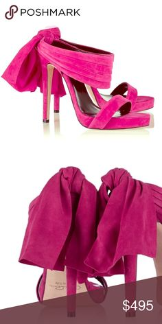 NWT Oscar de la Renta fuchsia sandy sandals Pleated strap, knot detail, open almond toe, slip on, suede, heel measures approximately 120mm/5 inches with a 10mm/0.5 inches platform. Size IT 39.5 fits small to size so half a size larger than normal recommended. If you have wide feet may wish to take the next full size up as it is Italian sizing. Gorgeous sandals. Never worn brand new with a box and a dust bag. Oscar de la Renta Shoes Sandals