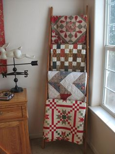 Cozy Little Quilts: A quilt ladder for display