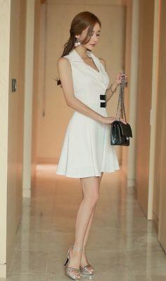 Sexy Dresses, Short Dresses, Fashion Dresses, Colorful Fashion, Asian Fashion, Look Chic, Cute Woman, Beautiful Asian Girls, Fashion Pictures