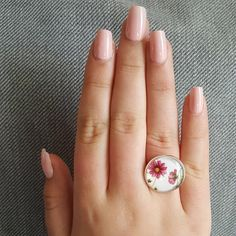 Dainty Deep Pink Cosmos Flowers Miniature Artwork in adjustable Silver plated Ring Little Elm, Cosmos Flowers, Compliments, Silver Plate, Floral Design, Delicate, Jewelry Design, Miniatures, Deep