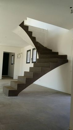 L'escalier voute sarrasine, la magie noire Wooden Stairs, Wooden House, Stone Stairs, Stair Steps, Floating Stairs, House Stairs, Stairway To Heaven, Staircase Design, House Front
