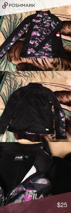 Fila Running Sweater Cute Black Fila Sweater with Cute Pattern, Size M  ‼️ No Trades ‼️ Only Reasonable Offers ‼️Bundle 2+ items for a 5% Discount ‼️ Fila Sweaters