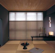 Modern Japanese room Modern Japanese Interior, Japanese Home Decor, Tatami Room, Japanese Bedroom, Chill Room, Curtains With Blinds, Minimalist Interior, Interior Design Living Room, Decoration