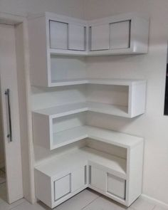 Sensational Design of DIY Corner Shelves to Beautify Your Best Home DIY shelves Do It Yourself Decoration, Floating Shelves Bathroom, Floating Storage Shelves, Floating Cabinets, Diy Regal, Diy Casa, Easy Home Decor, Diy Furniture, Colonial Furniture