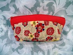 sold NEW! JAPANESE KIMONO STYLE SILKY COSMETIC BAG/PURSE HANDMADE