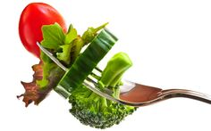 La alimentación durante el cáncer. Llevar una dieta sana y equilibrada es importante siempre pero lo es más aún cuando se padece una…