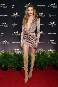 ICYMI: Gigi Hadid's Athleisure Game Is Still Untouchable #refinery29 http://www.refinery29.com/2016/01/102185/gigi-hadid-style-pictures#slide-8 Now that's what a birthday suit should look like....