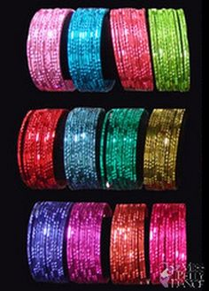 Bangles bought at Indian stores make for cheap and colourful party favours. Hand them out upon arrival, along with bindis, to help the kids get into the Bollywood party spirit. Arabian Party, Arabian Nights Party, Indian Theme, Indian Party, Bollywood Party, 6th Birthday Parties, Slumber Parties, 30th Party, 7th Birthday