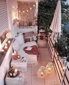 Balkon Ideen Bohemian Chic Decor, Bohemian Bedroom Decor, Boho Room, Diy Bedroom Decor, Living Room Decor, Home Decor, Bedroom Romantic, Modern Bohemian Bedrooms, Bohemian Garden Ideas