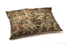 Dallas Manufacturing Co Weatherproof Camo Bed 36Inch by 45Inch *** You can find more details by visiting the image link.