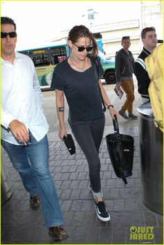 Kristen Stewart Jets Out of Los Angeles Ahead of July 4th