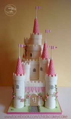 59 Ideas For Birthday Food Princess Castle Cakes Birthday Cakes Girls Kids, Castle Birthday Cakes, Fairy Castle Cake, Disney Castle Cake, Cake Kids, 4th Birthday, Disney Cakes, Girl Cakes, Princess Birthday
