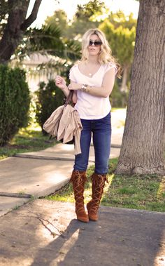 Jeans & a White T Outfit No. 12 ~ Laced Up