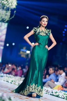 Pakistani couture Style 360