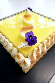 """""""Tarte au citron"""" réalisée par le chef François Daubinet lors d'un cours """"Autour des tartes de saison"""" à la Michalak Masterclass"""