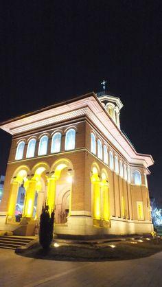 Biserica Sfanta Treime Craiova-Romania Trinidad, Countries, My House, Dan, Mansions, House Styles, Travel, Bucharest, Romania