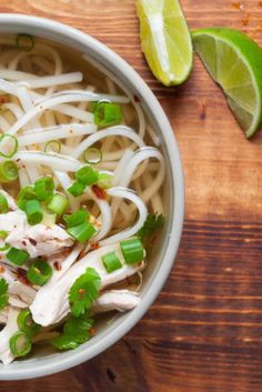 Chicken pho so easy to make, it'll take you no more than 45 minutes Pho Soup Recipe Chicken, Pho Soup Recipe Easy, Easy Soup Recipes, Easy Chicken Recipes, Healthy Recipes, Healthy Food, Vietnamese Recipes, Asian Recipes, Vietnamese Cuisine