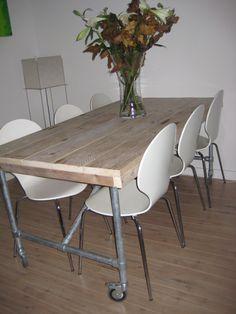 1000 images about steigerbuizen on pinterest grey corner sofa pipe closet and met - Eigentijdse bed tafel ...
