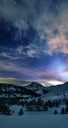 Aurora Star Sky Snow Mountain Winter Nature iPhone X wallpaper Ipad Air Wallpaper, Mobile Wallpaper, Wallpaper Backgrounds, Snow Wallpaper Iphone, Cool Backgrounds For Iphone, Star Wallpaper, Winter Wallpaper, Nature Wallpaper, Amazing Wallpaper