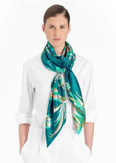 140X140厘米方巾 Hermès   Paradis de Soie Carré Hermes, Harnais, Anneaux D fa4d3105d6a