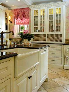 Kitchen Cabinets (Antique White)