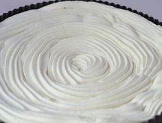 Meringue Icing, Chilean Recipes, Chilean Food, Salsa Dulce, Le Chef, Sweet Life, No Bake Cake, Biscotti, Frosting