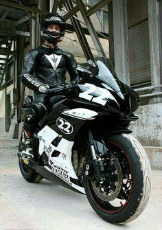 #YAMAHA #MOTORCYCLE #bike #biker #sportbike #superbike #cool #blackandwhite