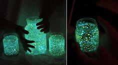 Aprenda a fazer lindos potes que brilham no escuro de forma simples e barata! Confira!