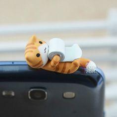 New 3.5mm Lovely Cat Phone Ear Cap Cute Anti-Dust Jack Plug~Loving Toilet Roll