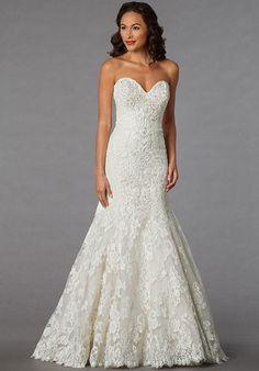 Danielle Caprese for Kleinfeld 113068 Wedding Dress photo