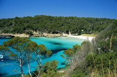 The 18 best beaches in Menorca Bahamas Pictures, New Zealand Hotels, Holiday Competitions, Places To Travel, Travel Destinations, Portugal, Island Pictures, Balearic Islands, His Travel