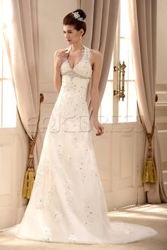 Fancy Lace Halter V Neck Chapel Train Embroidering Beading Wedding Dress 2