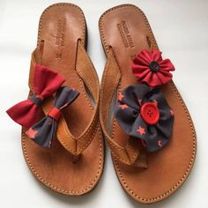 Handmade leather sandals with floral decoration Palm Beach Sandals, Leather Sandals, Cute, Handmade, Shoes, Women, Fashion, Moda, Hand Made