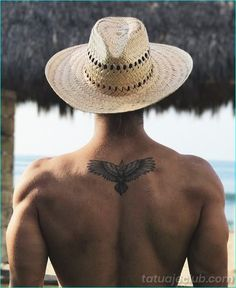 37 Small Eagle Tattoo Designs For Men, Small Tattoos Men, Tattoos For Women, Small Chest Tattoos, Tattoo Women, Armband Tattoo, Arm Tattoo, Sleeve Tattoos, Tattoo Ink, Back Tattoo Men
