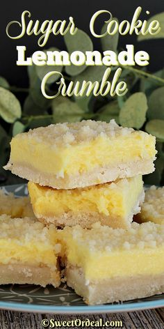 Sugar cookie meets lemonade and it's love at first bite. Before you know it, Sugar Cookie Lemonade Crumble is born and taste buds are happy. Lemon Desserts, Lemon Recipes, Köstliche Desserts, Baking Recipes, Sweet Recipes, Cookie Recipes, Dessert Recipes, Cream Cheese Desserts, Blueberry Recipes