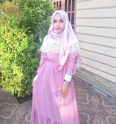Beautiful Women, Happy Eid, Eid Mubarak, Instagram, Woman, Fashion, Fashion Styles, Fashion Illustrations, Fine Women