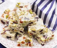 This classic white Christmas recipe will have you celebrating Christmas in style with white chocolate, dried fruits and nuts, and crispy puffed rice.
