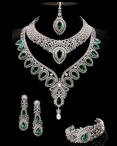 Indian jewelry set: