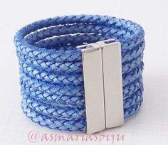 pulseira-basica-de-couro-azul-jeans-moda-feminina