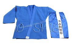 """Do-Smai Sambo Elbisesi SB-100 - Özel dokuma, 470 gr/m² pamuklu mavi kumaştan imal edilmiş üst giysi,iç kısımlarda astar olarak 160 gr/m² % 100 pamuklu poplin kumaş kullanılmıştır. Şortta  230 gr/m²  pamuk + polyester kullanılmıştır.  Yanlarda beyaz iki şerit üzerinde siyah renkte """" SAMBO"""" vardır. - Price : TL158.00. Buy now at http://www.teleplus.com.tr/index.php/do-smai-sambo-elbisesi-sb-100.html"""
