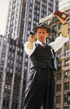 Kevin Costner as Elliot Ness in The Untouchables, directed by Brian De Palma. 1980s Films, 80s Movies, Good Movies, Movie Stars, Movie Tv, Kevin Costner, John Travolta, George Clooney, Durham