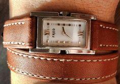 Bracelet montre en cuir double tour barénia marron naturel couture écru