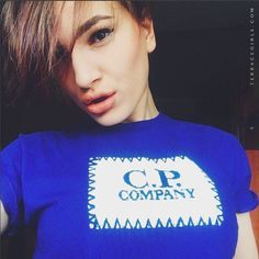 #terracegirls #cpcompany Sergio Tacchini, Stone Island, Fred Perry, Barbour, Terrace, The North Face, Football, T Shirts For Women, Sexy