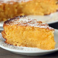 Grain-free Italian Lemon Almond Cake (aka Torta Caprese Bianca) - a light and lemony Italian treat! | texanerin.com