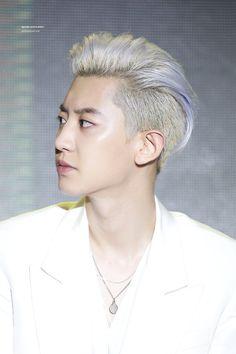 Chanyeol [HQ] 190722 'What a Life' Listening Session Baekhyun, Chanyeol Cute, Park Chanyeol Exo, Exo K, Rapper, Z Cam, Chansoo, Exo Ot12, Lucky Ladies